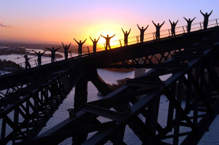 Sydney-Harbour-Bridge-climb-at-Twilight